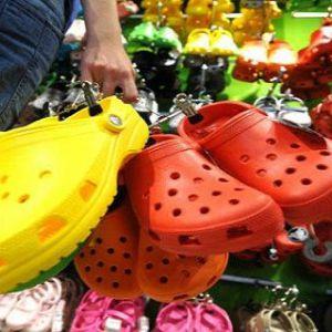 А ви носите такі сандалі? Прийшов час викинути таке взуття!