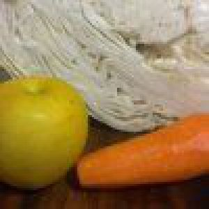 Білокачанна капуста з морквою