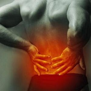 Біль в попереку? Беріть на замітку: 3 прості вправи, які зміцнюють м`язи спини