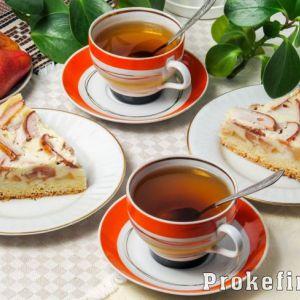 Цвєтаєвський пиріг з грушами в духовці на кефірі