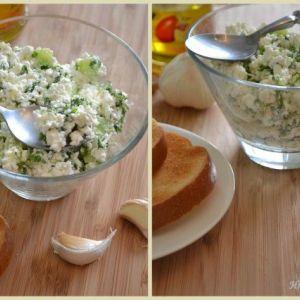 Дієтичний вечерю: сир з огірком і зеленню