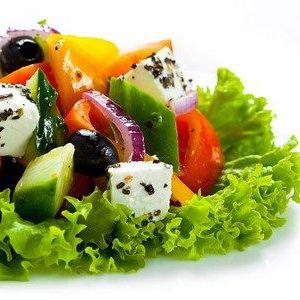 Грецький салат з бринзою