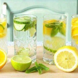 Худнемо за допомогою води з добавками