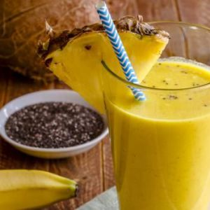 Цей ананасовий смузі містить протизапальні інгредієнти, які борються з раком!