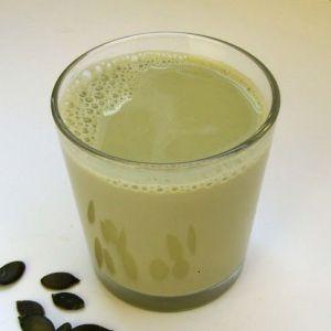 Як приготувати неймовірно корисне молоко з гарбузового насіння