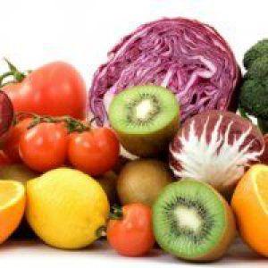 Красива яскрава їжа - шлях до переїдання