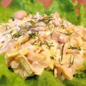 Курячий салат з печерицями