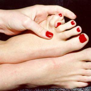 Лікування врослого нігтя на нозі в домашніх умовах
