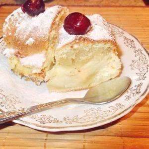Пиріг на кефірі з сиром