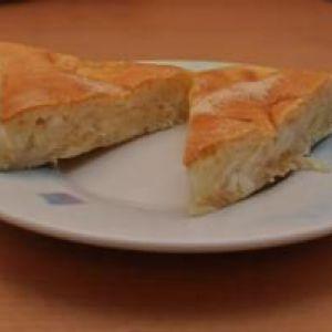 Пиріг з капустою на кефірі