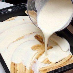 Корисний десерт для стежать за фігурою: банани з сиром і йогуртом