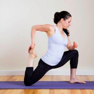 Допомога при болю в спині: розминаємо м`язи стегна