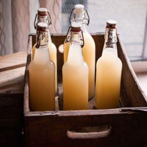 Приготуйте своє власне імбирне пиво: воно допоможе вилікуватися артрит, хворий шлунок, знизити рівень холестерину і високий рівень цукру в крові!
