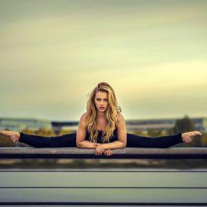 Розтяжка - обов`язкова умова красивих м`язів: кращі вправи, щоб сісти на шпагат