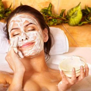 Сметанна маска для обличчя - ефективний засіб для догляду за шкірою. Як правильно зробити маску?