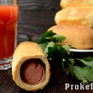 Сосиски в тісті в мультиварці з дріжджового тіста на кефірі