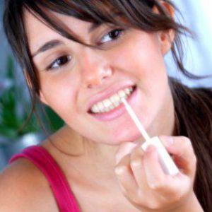 Способи відбілювання зубів в домашніх умовах