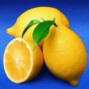 Стакан води з лимоном - шлях до здоров`я