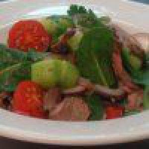 Тайський салат з помело і лососем