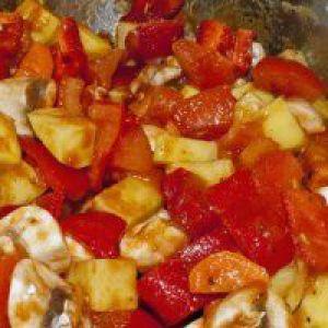 Тушкована овочева суміш