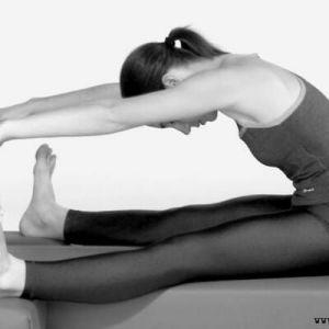 Вправи для розтяжки хребта в домашніх умовах