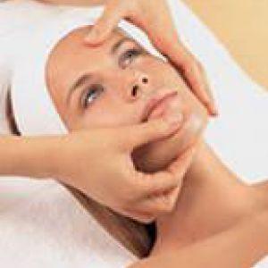 Здорова і красива шкіра обличчя - результат щипкового масажу по жаке