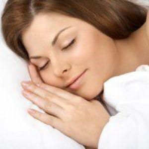 Здоровий сон допомагає зганяти зайві кілограми