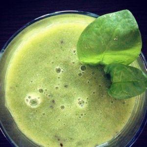 Зелений смузі з ананасом для тих, що худнуть!